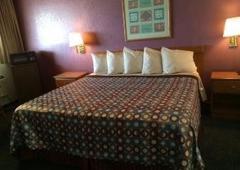 Travelodge - New Braunfels, TX