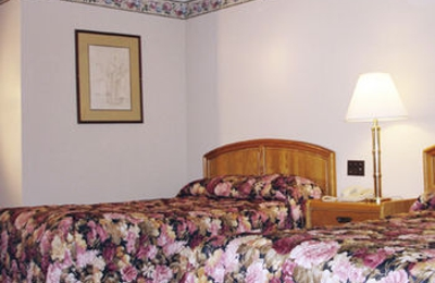 Amerihill Inn & Suites Greensboro - Greensboro, NC