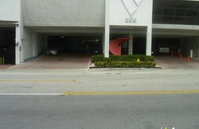 Rodriguez, Adrian I, DDS - Miami, FL