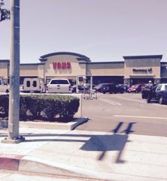 Vons Pharmacy - Glendale, CA. Cons from Los Feliz Rd
