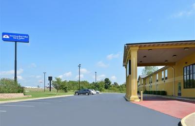 Americas Best Value Inn & Suites Mount Vernon - Mount Vernon, MO