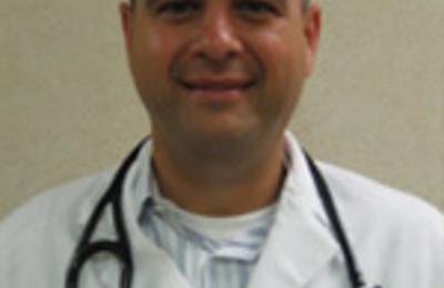 Dr. Joseph Riggi, DO - Iselin, NJ