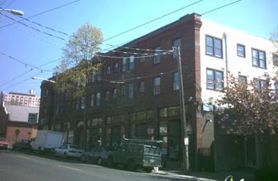 Salon Moxi - Seattle, WA
