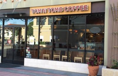 TOM N TOMS Coffee - Los Angeles, CA. Good coffee!