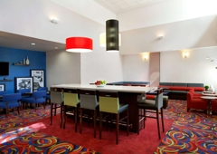Hampton Inn & Suites Los Angeles/Anaheim-Garden Grove - Garden Grove, CA