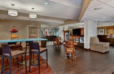 Hampton Inn Milwaukee-Northwest - Milwaukee, WI