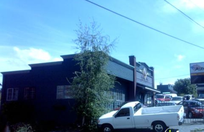 Wild West Cars And Trucks >> Wild West Cars Trucks 8830 Lake City Way Ne Seattle Wa