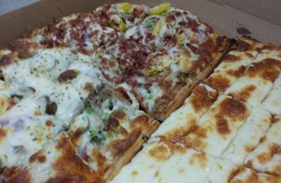 Bob's Tu Your Door Pizza - Greenwood, IN. Super Sputnik and cheese bread