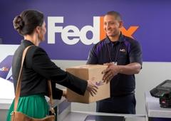 FedEx Office Ship Center - Burlington, MA