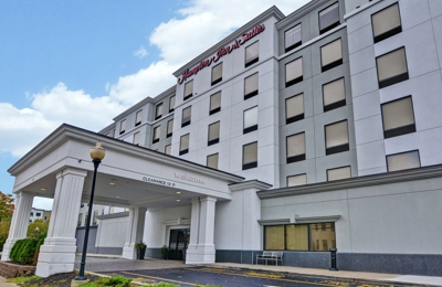 Hampton Inn & Suites Newark-Harrison-Riverwalk - Harrison, NJ