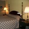 Golden Palms Inn & Suites