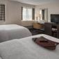 Hampton Inn & Suites Milwaukee Downtown - Milwaukee, WI