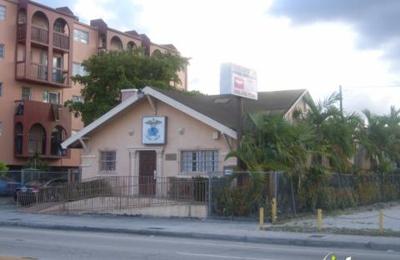Universal Dental Clinic - Miami, FL