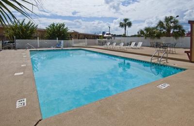 Americas Best Value Inn & Suites - Pensacola - Pensacola, FL