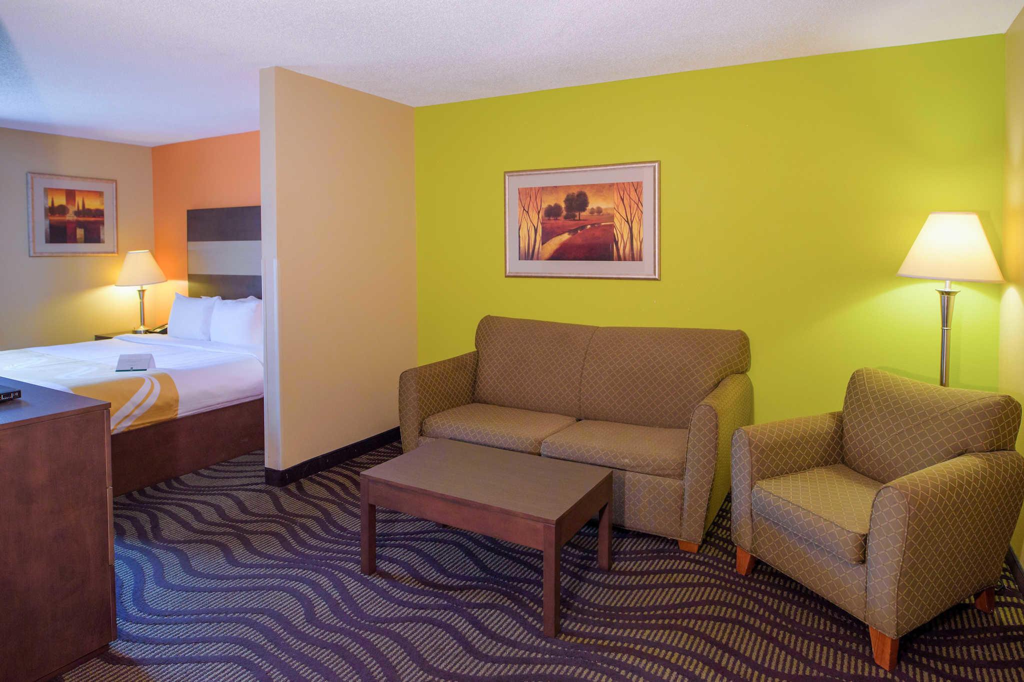 Quality Suites Near Wolfchase Galleria 8166 Varnavas Dr Cordova Tn 38016 Yp