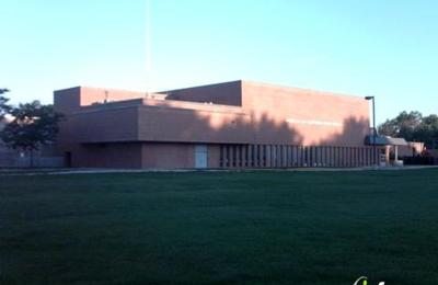 Elmwood Park High School - Elmwood Park, IL