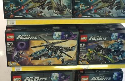 Toys R Us - Stevenson Ranch, CA. Legos