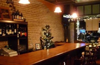 Wine Cellars: Uncorked - Eustis, FL