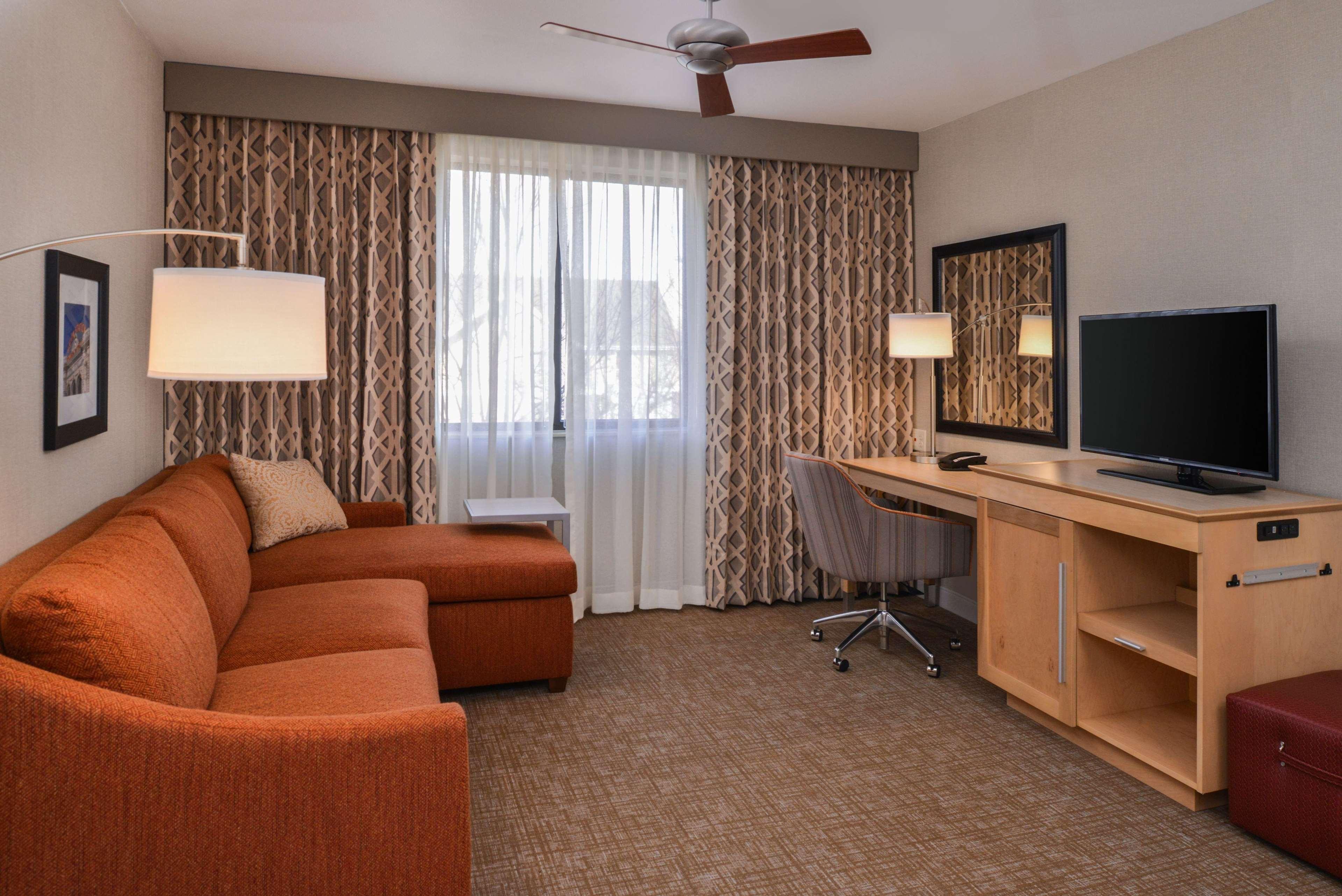 Hampton Inn & Suites Denver-Speer Boulevard 2728 Zuni St, Denver, CO ...
