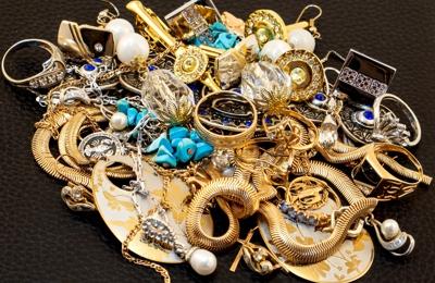 La Familia Pawn Jewelry - Jewelry Star