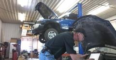 Denny's Auto Care - Blakesburg, IA