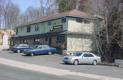 Brookside Veterinary Hospital - Bridgeport, CT