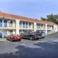 Motel 6 - Pinole, CA