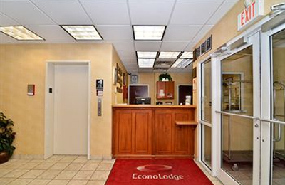 Econo Lodge - Valdosta, GA
