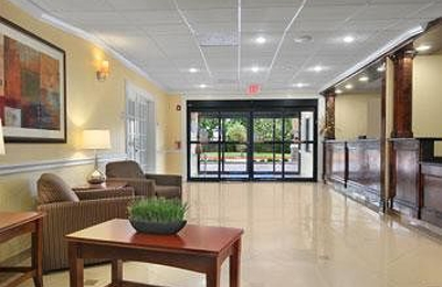 Baymont Inn & Suites - Baytown, TX