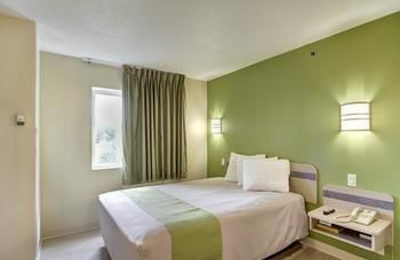Motel 6 - Medina, OH