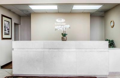 Econo Lodge I-44 - Exit 80 - Springfield, MO