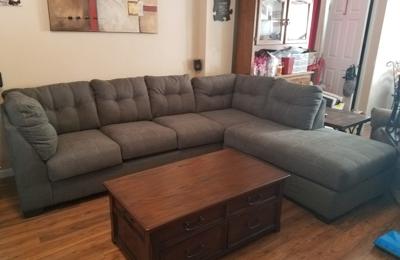 Ashley Furniture Homestore   Saint Louis, MO