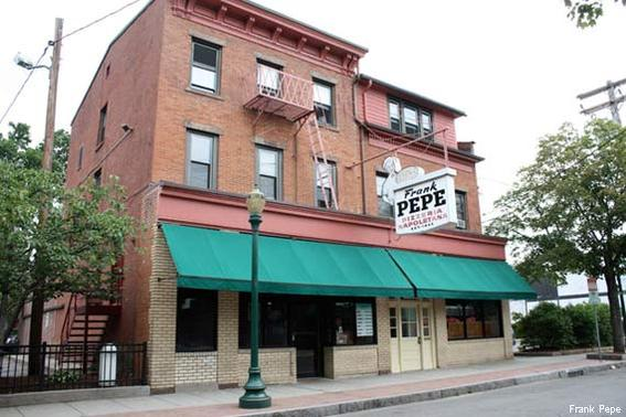 Frank Pepe (New Haven, Conn.)