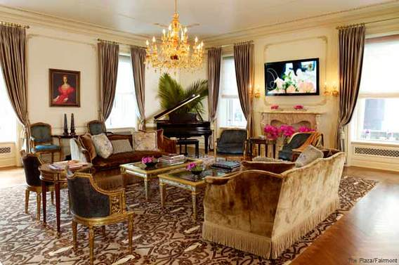 The Plaza - Royal Plaza Suite